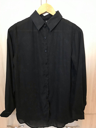 Siyah şifon gömlek