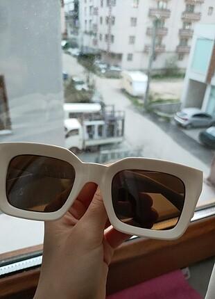 Beden Bej rengi gözlük