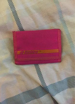 Pembe cüzdan