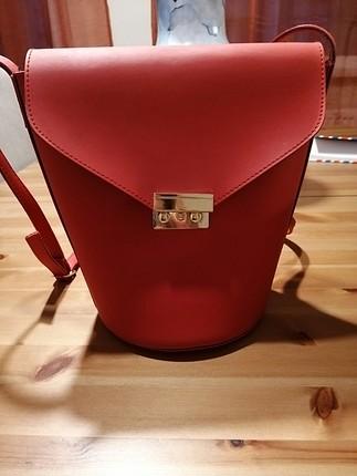 koton kırmızı çanta