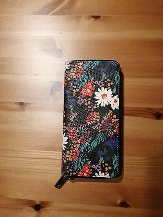 MANGO çiçekli cüzdan