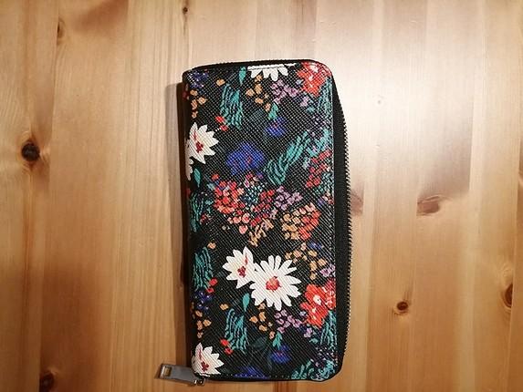 universal Beden MANGO çiçekli cüzdan