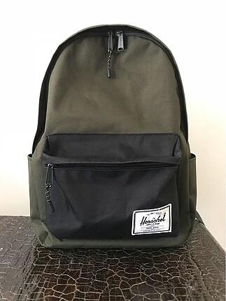 Haki ve siyah renkli laptop gözlü herschel çanta