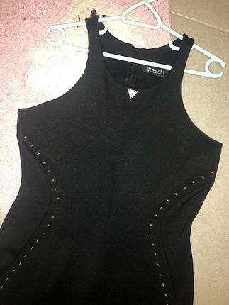 Guess siyah elbise