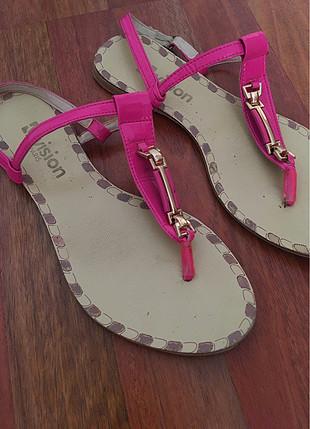 39 Beden Fuşya sandalet