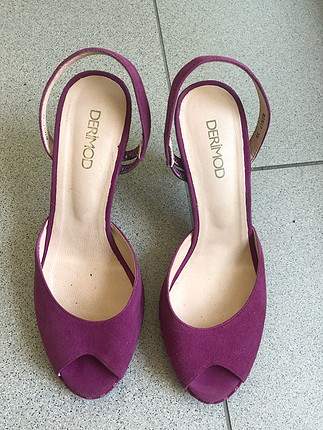 Fuşya topuklu ayakkabı