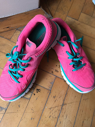 38 Beden Pembe Nike Ayakkabı