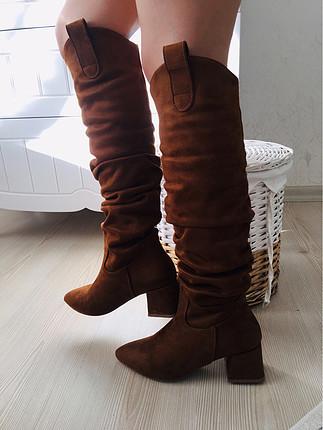 Kısa topuklu çizme