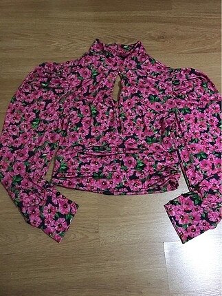 Yeni sezon çiçekli bluz