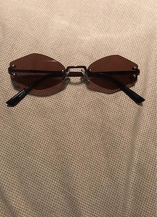 Vintage Tasarım Güneş Gözlüğü