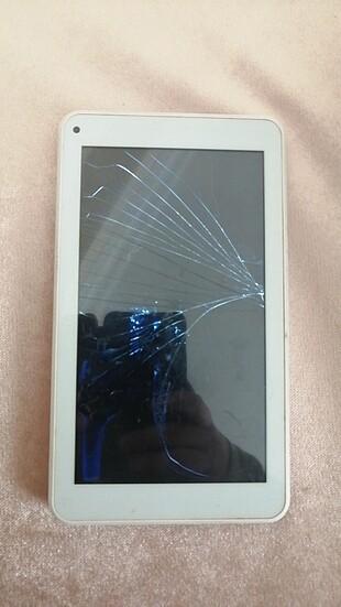 Ekranı kırık tablet