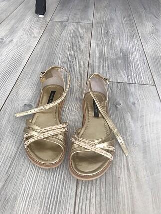 Çocuk sandaleti