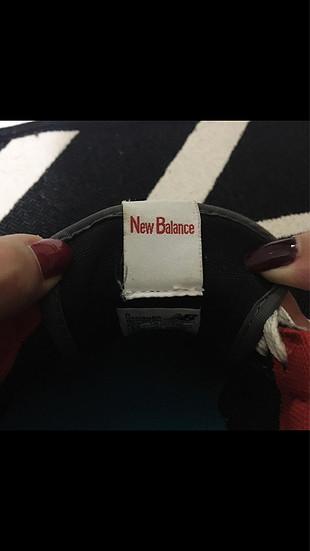 Renkli New balance spor ayakkabı