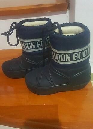 Moon boot lacivert