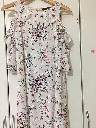 36 Beden Çiçek desenli elbise