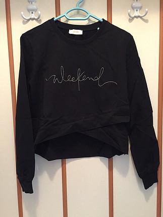 Siyah kısa sweatshirt