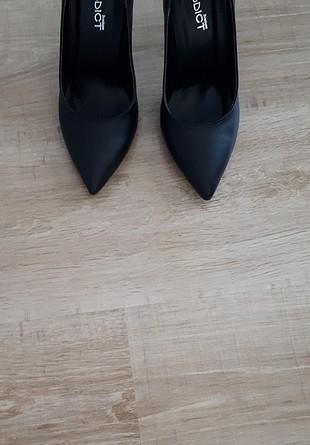 37 Beden siyah Renk siyah stiletto