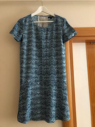 yazlık dökümlü elbise