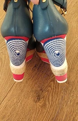 38 Beden harika ayakkabı