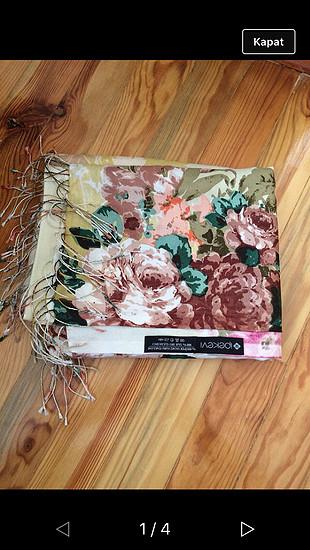 İpekevi İpekevi marka çiçek desenli şal
