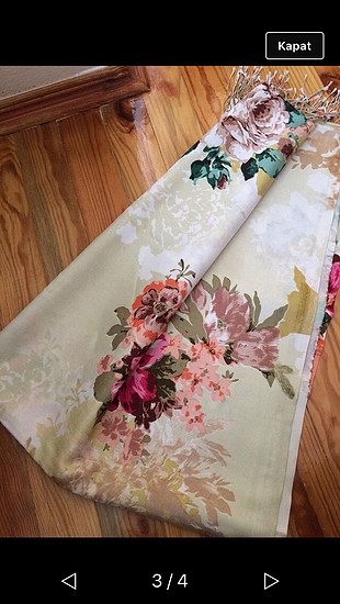 universal Beden İpekevi marka çiçek desenli şal