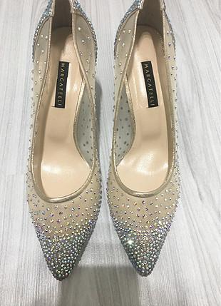 Marcatelli topuklu ayakkabı