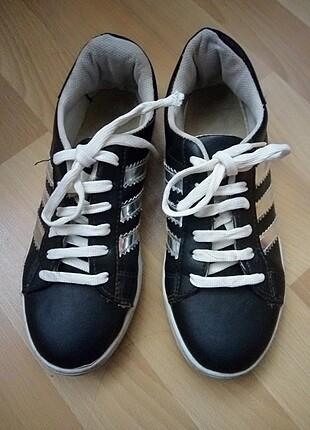 36 numara spor ayakkabı
