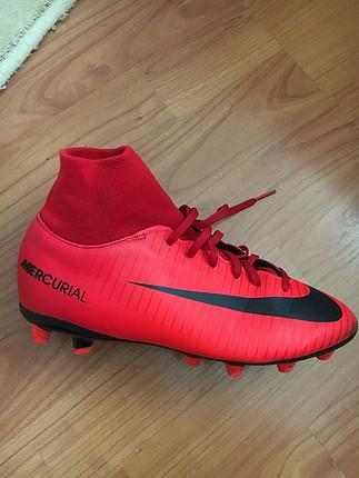 36 Beden kırmızı Renk Orijinal çocuk Nike krampon
