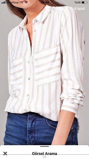 m Beden beyaz Renk Stradivarius uzun kollu gömlek