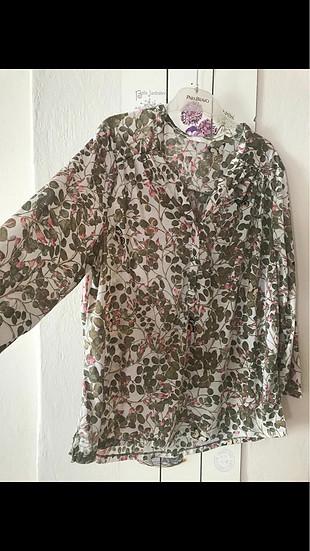 H&M çiçekli gömlek bluz