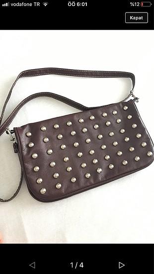 Bordo zımbalı çanta