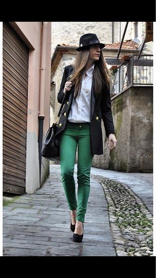 Adil Işık (Adl) Yeşil Jean