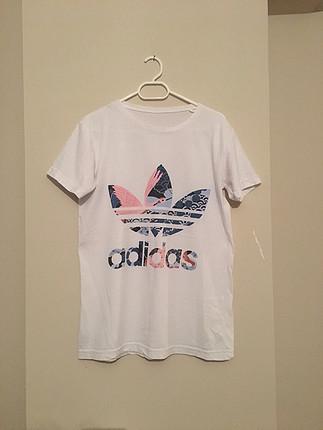 Replika adidas tişört