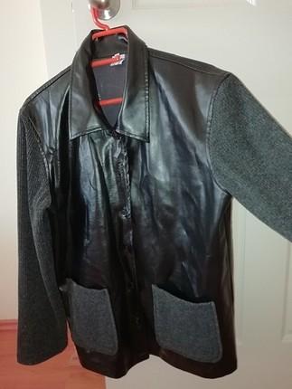 42 Beden siyah Renk deri ceket