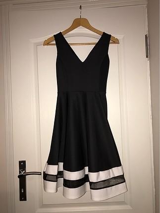 Siyah scuba elbise