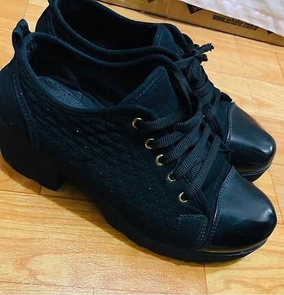 Siyah converse tarzı vintage spor ayakkabı