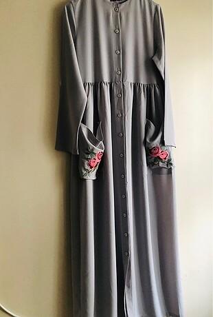Aker Cep detaylı gri elbise