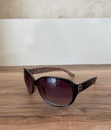 Etienne Aigner Güneş gözlüğü