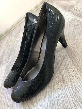 Nine West marka klasik topuklu ayakkabı