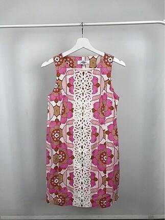 Sıfır Kol Renkli Elbise