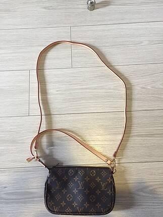 Beden kahve Renk Louis Vuitton çanta