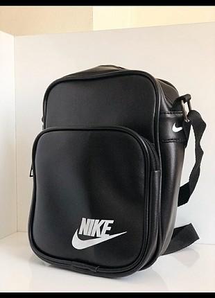 nike askılı çanta