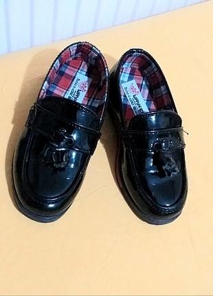 26 numara erkek çocuk ayakkabısı