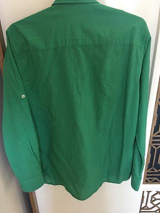 Yeşil erkek gömlek