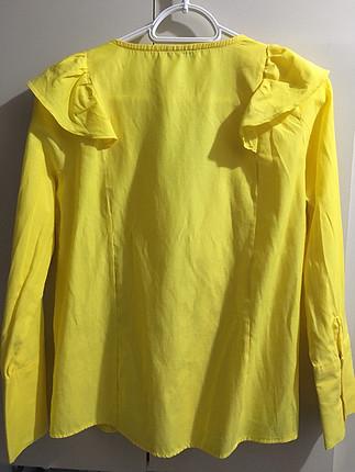 Sarı fırfırlı bayan gömlek