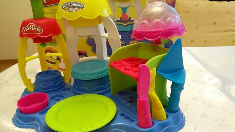 diğer Beden Play-Doh Neşeli pastacı oyun hamuru seti