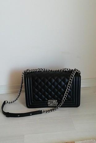 az kullanılmış Chanel şık çanta
