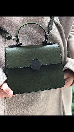 Yeşil Kutu Model Çanta