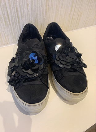 38 numara elle marka siyah ayakkabı