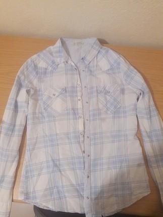 mavi çizgili beyaz gömlek + oz